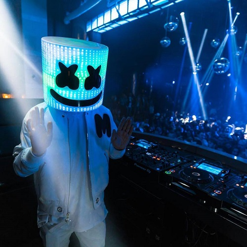 """Marshmello unveils the official music video for his single """"Love U"""